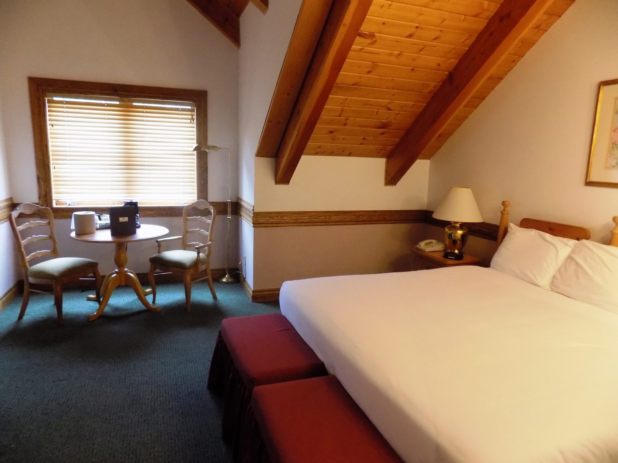 King Bed Lodge Guestrooms