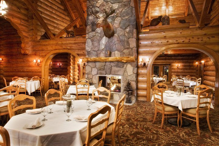 Tamarack Dining Room